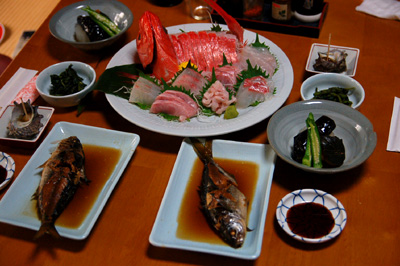 大島2012_その3_ふれあい民宿「椿山」の食事