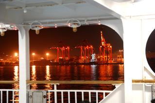 利島2010_その1_東海汽船甲板大宴会