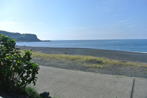 三宅島キャンプ2015SW_1日目_釣果は小物たくさん。キャンプ場住人達との交流。