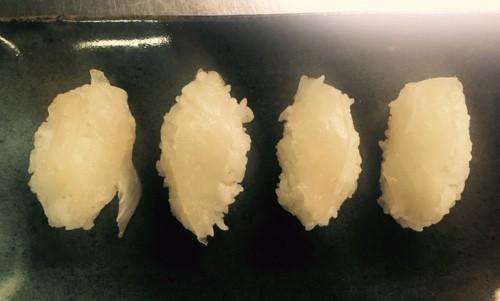 釣魚料理_ウスバハギの昆布締め握り(適当寿司)