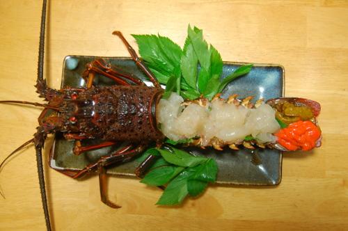 釣魚料理_伊勢海老の刺身&味噌汁、カワハギ刺身、アラ煮