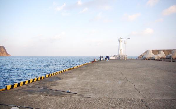 大島2018年2月_強風の中の我慢釣り