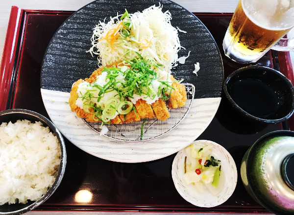 水戸・ゴルフ・クラブ_食事_トンカツ定食