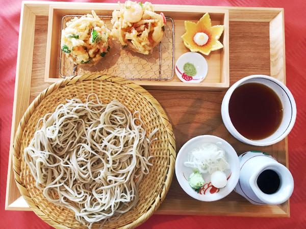 紫塚ゴルフ倶楽部_食事_かき揚げ蕎麦