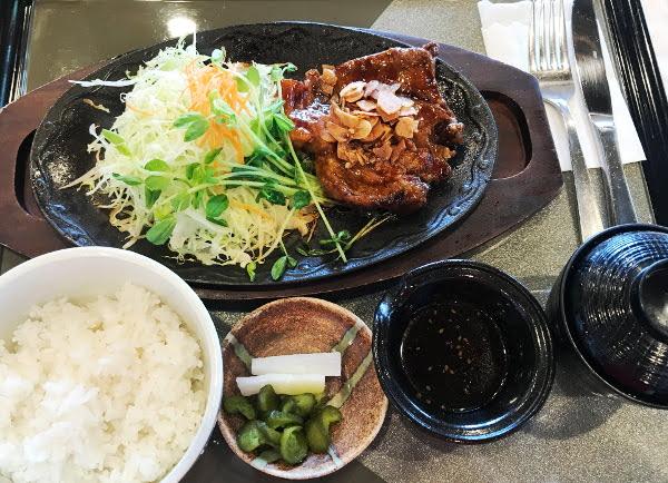皆川城カントリークラブ_食事_トンテキ