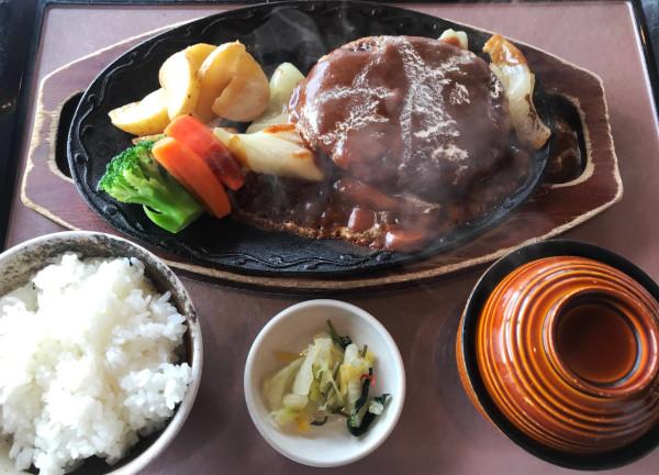 広陵カントリー_食事_アコーディアハンバーグ